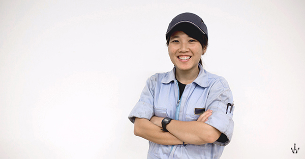 singaporean-girl-aircraft-technician-6