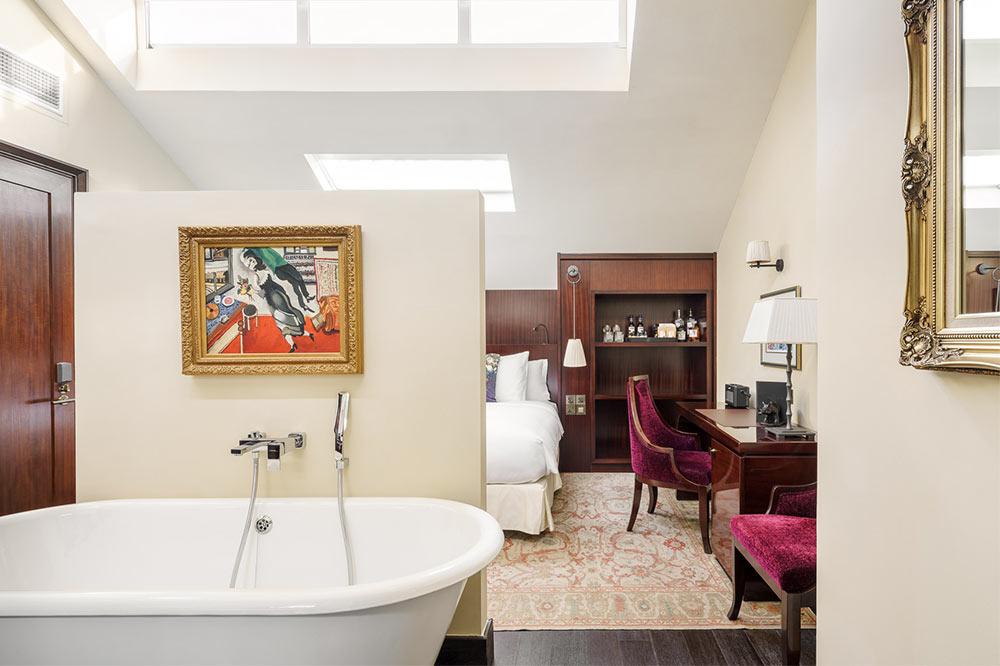 singapore-hotel-bathtubs-vagabond