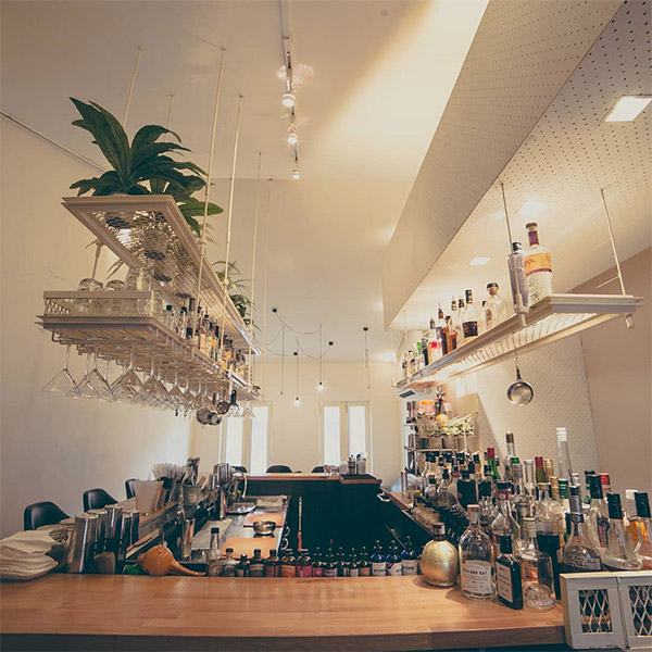 romantic bars singapore bar-stories