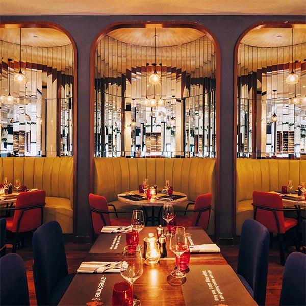 romantic-bars-singapore-ginett