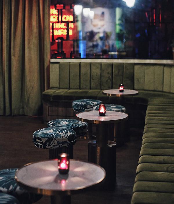 romantic bars singapore-the-old-man