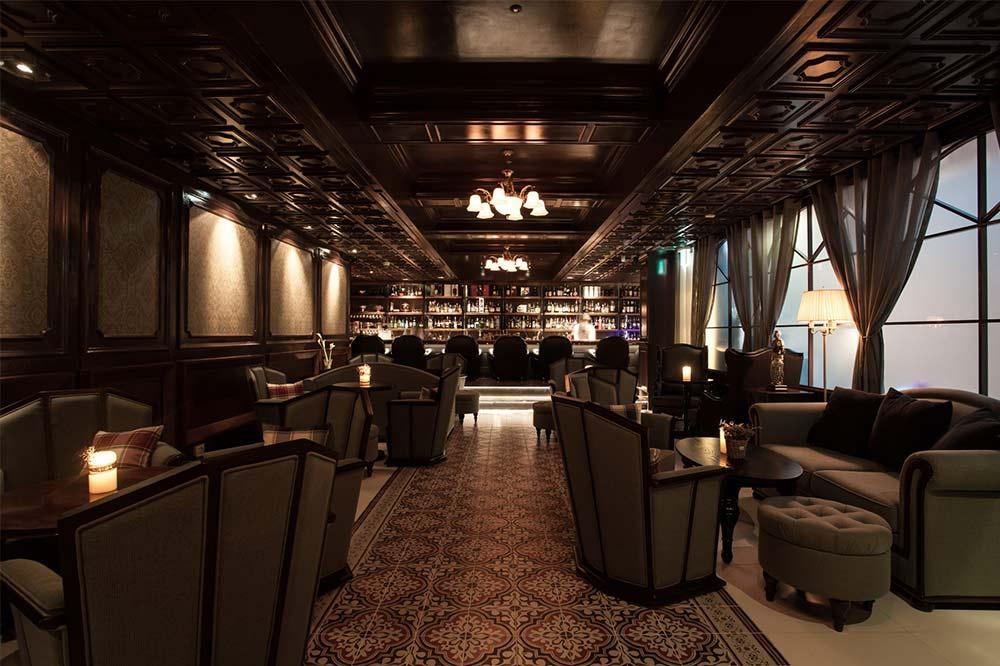 romantic bars singapore mo-bar
