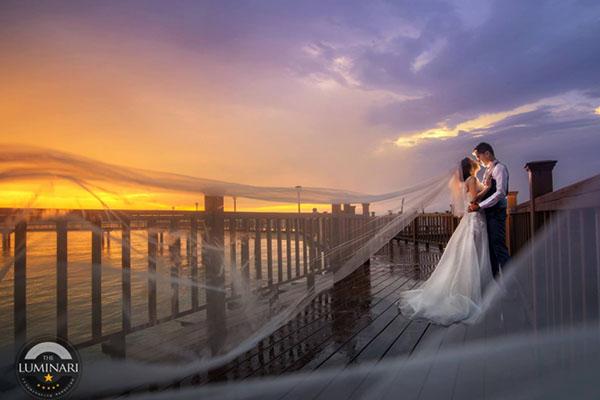 wedding shoot changi boardwalk