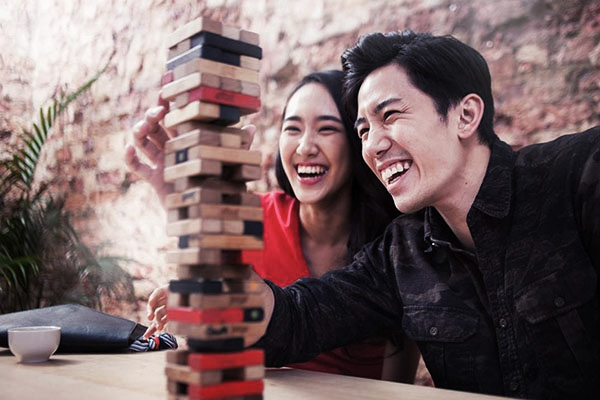 dating ideas at night singapore glee blaine dating karofsky