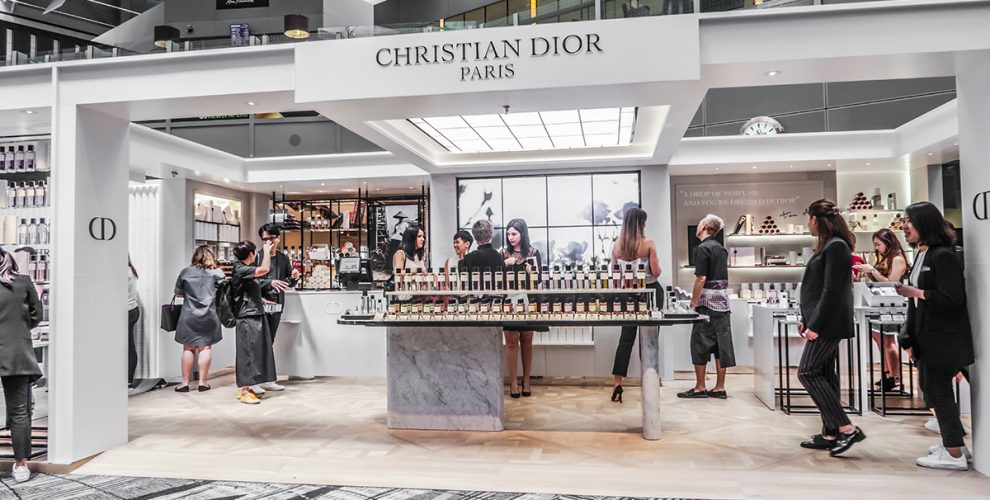 Maison Christian Dior Opens At Changi Airport T3 With Gift Ready Scents,  Scarves, And Candles
