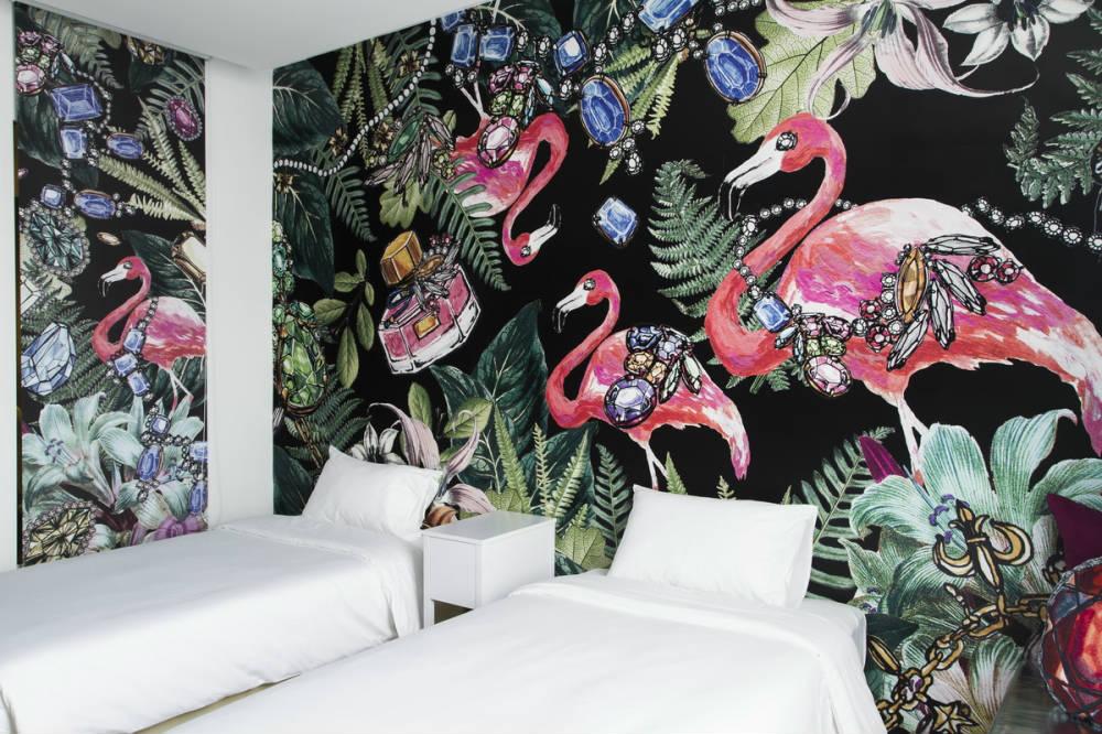 Beat Hotel flamingo