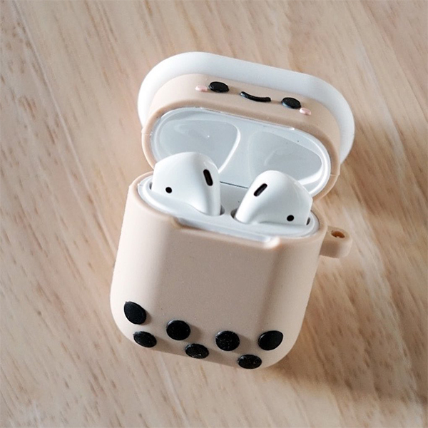 bubble-tea-airpod-case-interior