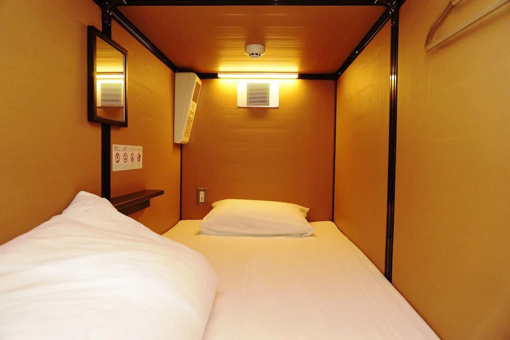 tokyo-capsule-hotels (6)