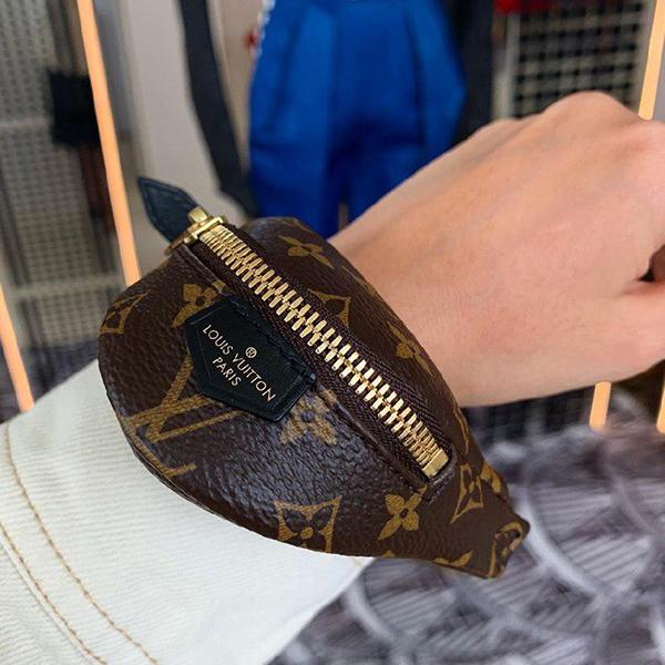 louis-vuitton-bumbag-bracelet