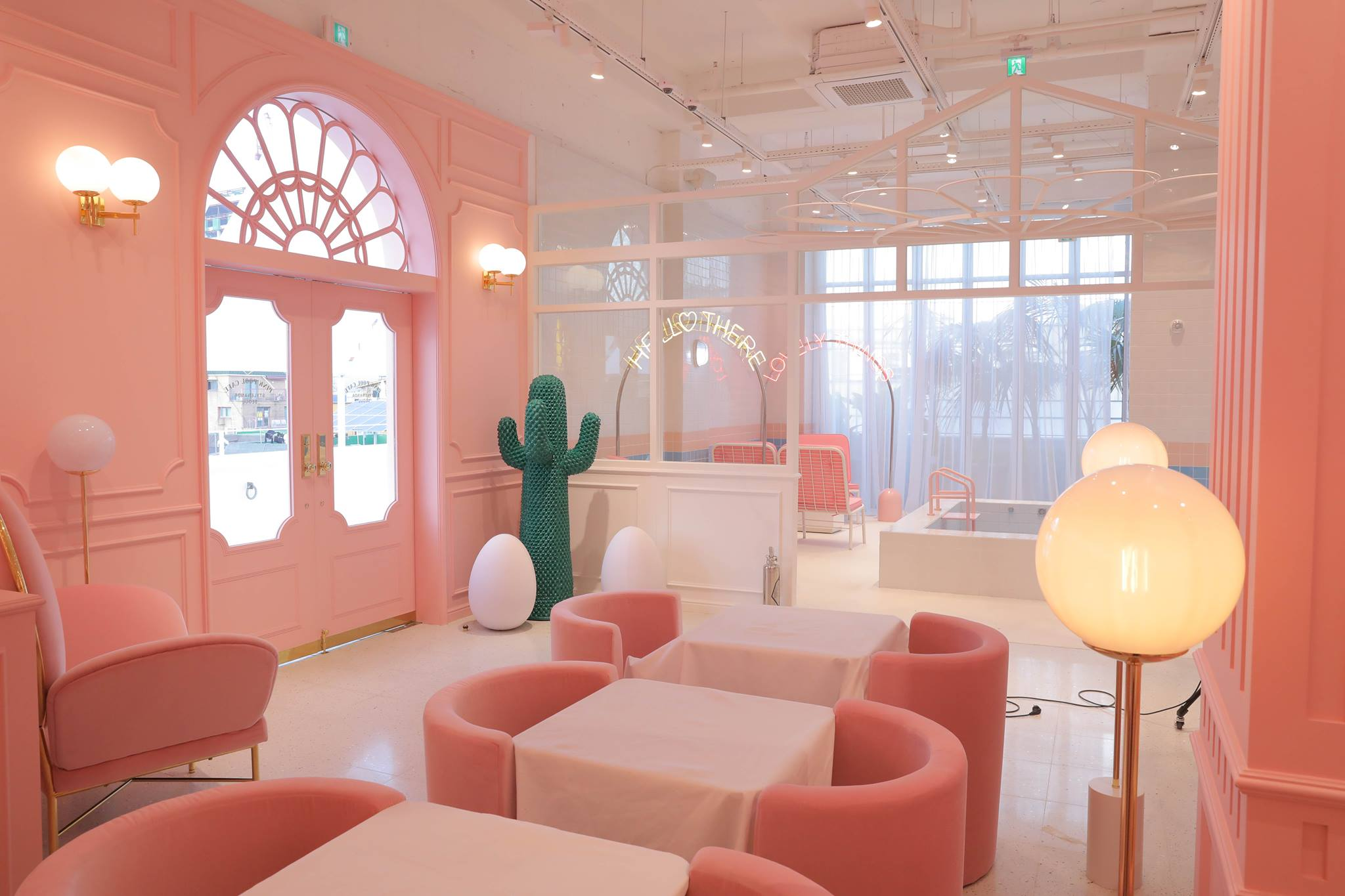 aesthetic cafes seoul pink pool