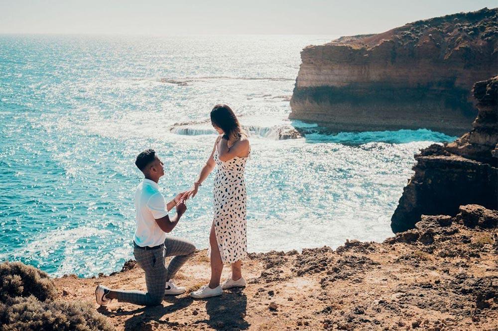 proposing-overseas (4)