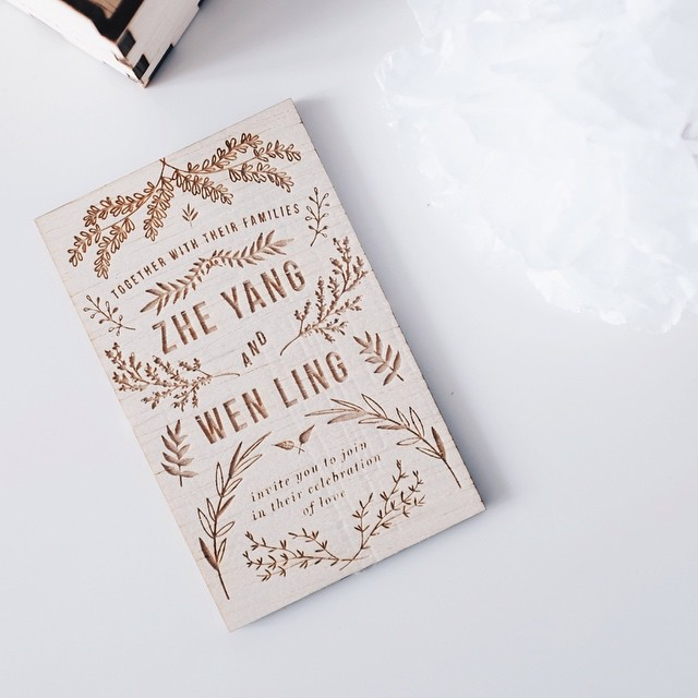 wedding invitation cards common hands