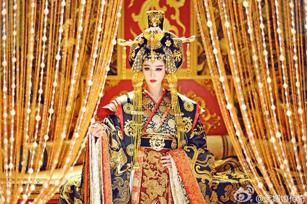 palace-dramas-fbb