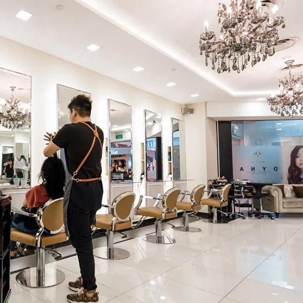 hair-movement-interior