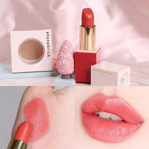 starbucks-korea-sakura-coral-lipstick