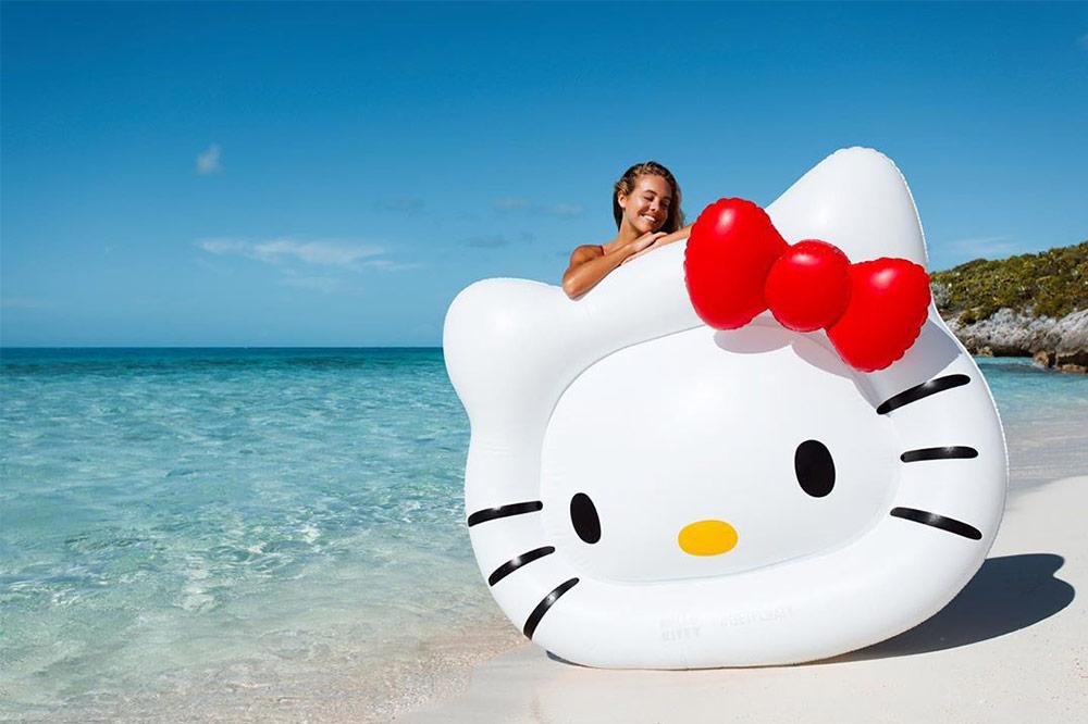 hello-kitty-floats