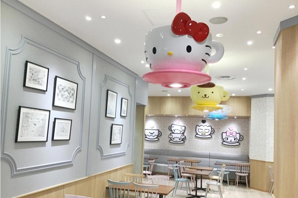 hello kitty theme parks cafes sanrio-cafe-ceiling