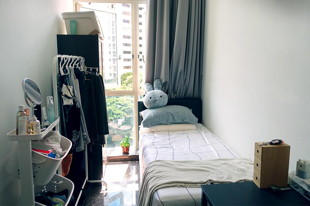 kicked-out-of-house-room