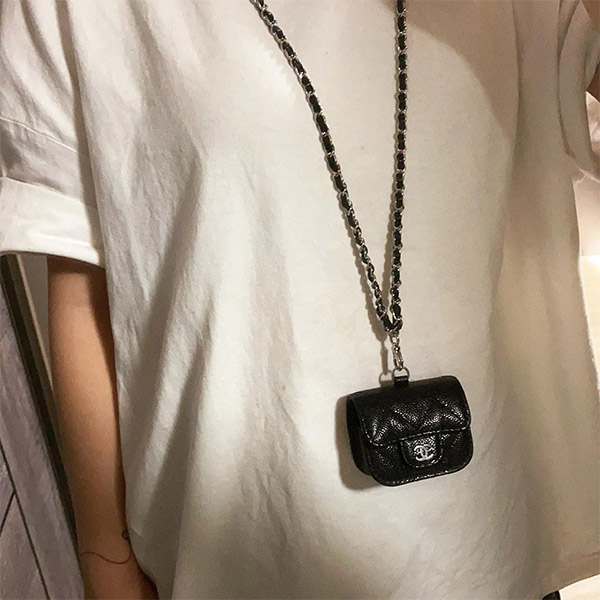 chanel-airpods-cases-black-neck