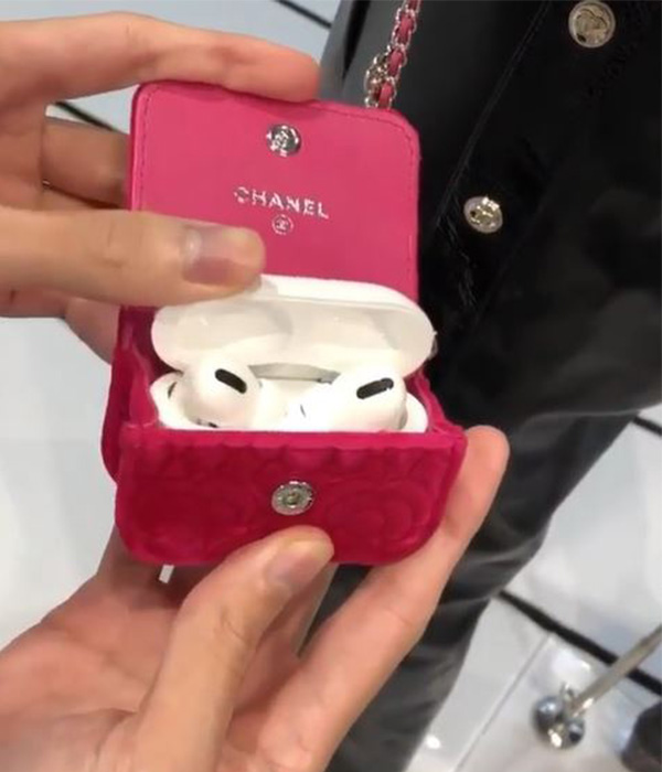 chanel-airpods-cases-inside