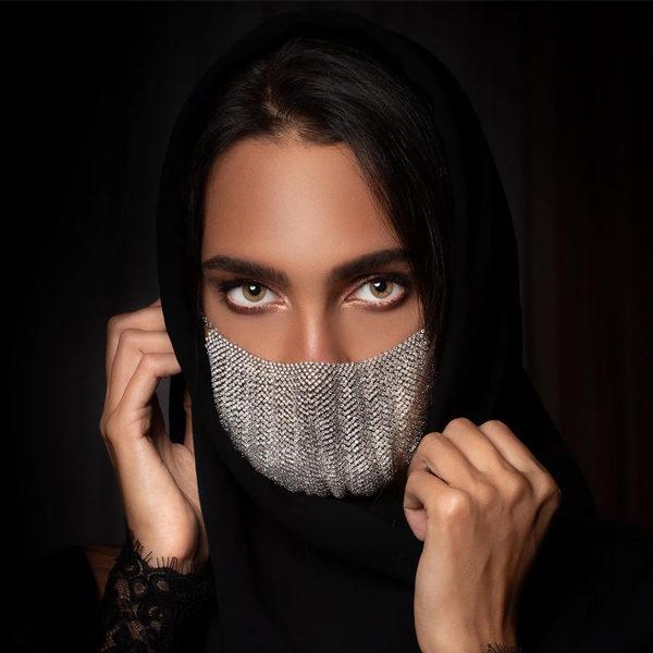 diamond face mask