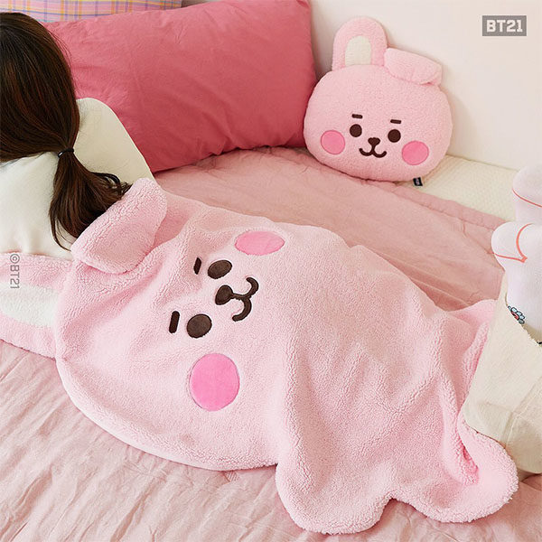 bt21 blankets and cushions cooky