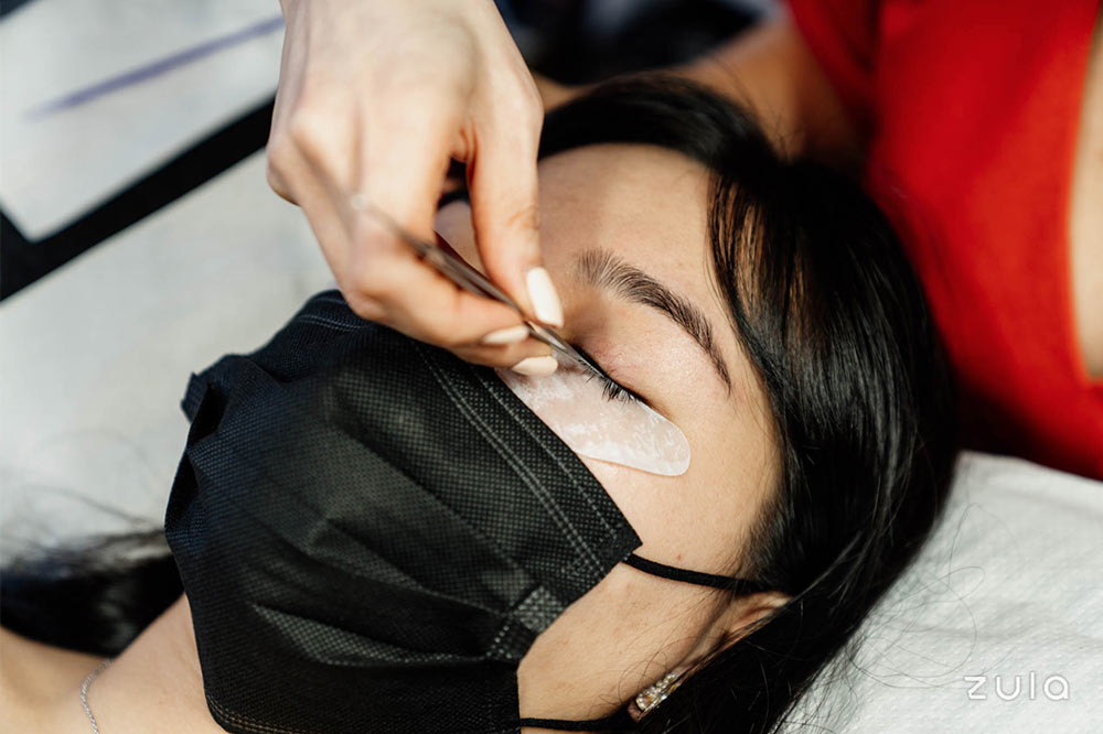 home-based-beauty-business-lash-extensions