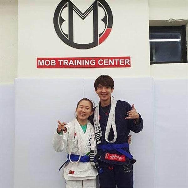 lee joon gi younger sister