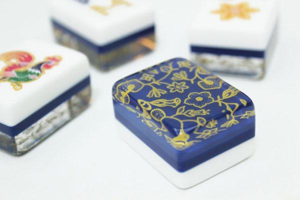 singapore airlines batik mahjong tile