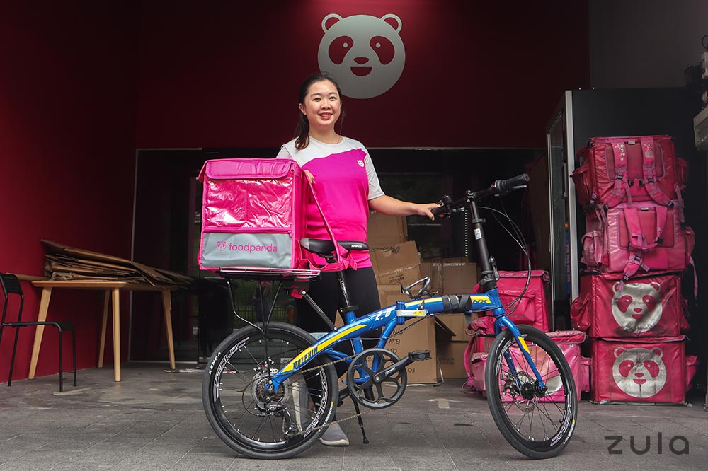food-delivery-rider-bicycle