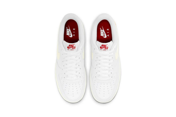 nike valentine's day 2021 top view