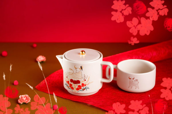starbucks chinese new year ox teapot and mug set