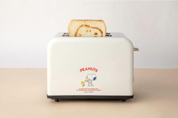 snoopy toaster design