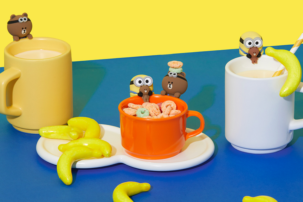 minions line friends - bob and brown drink markers