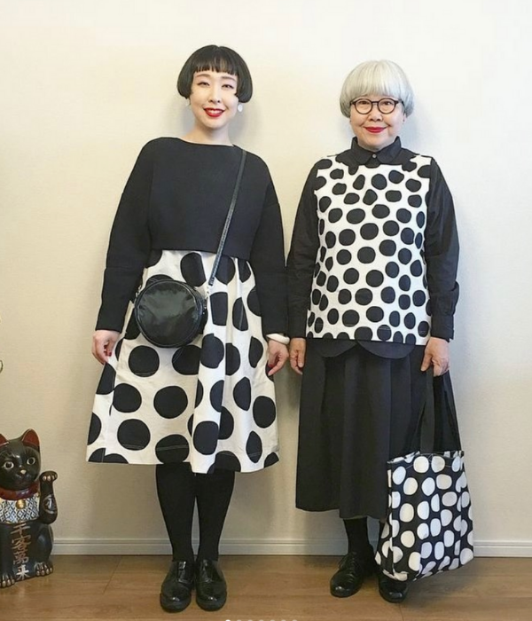 japanese couple outfits- bonpon black and white
